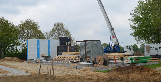 Aufbau der Hütte 1